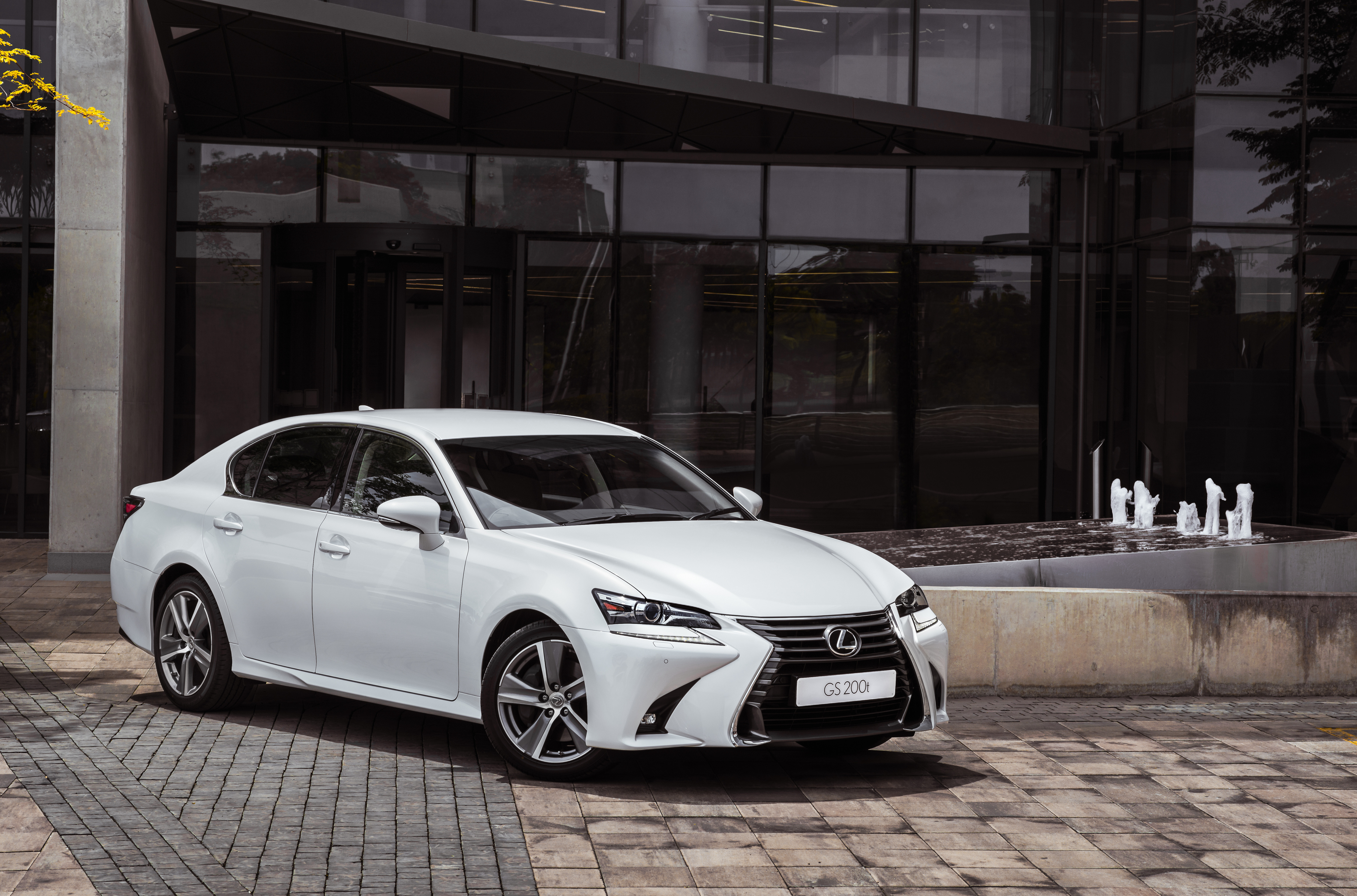 drive price and car overview lx lexus first