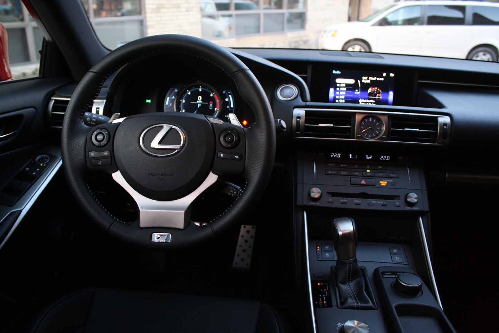 Lexus Is 200t #9