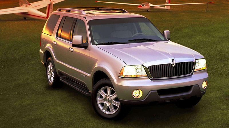Lincoln Aviator #15