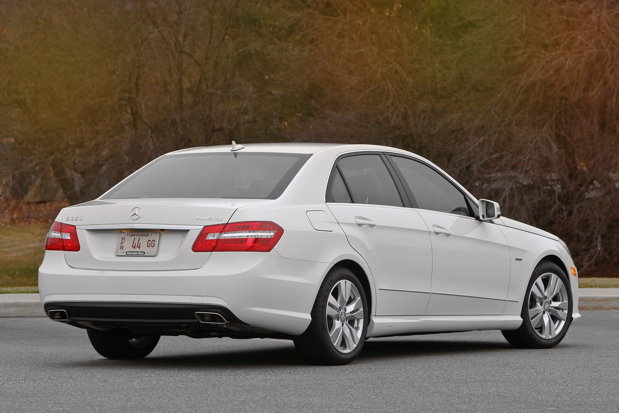 Great Description About 2011 Mercedes Benz E550 with Mesmerizing