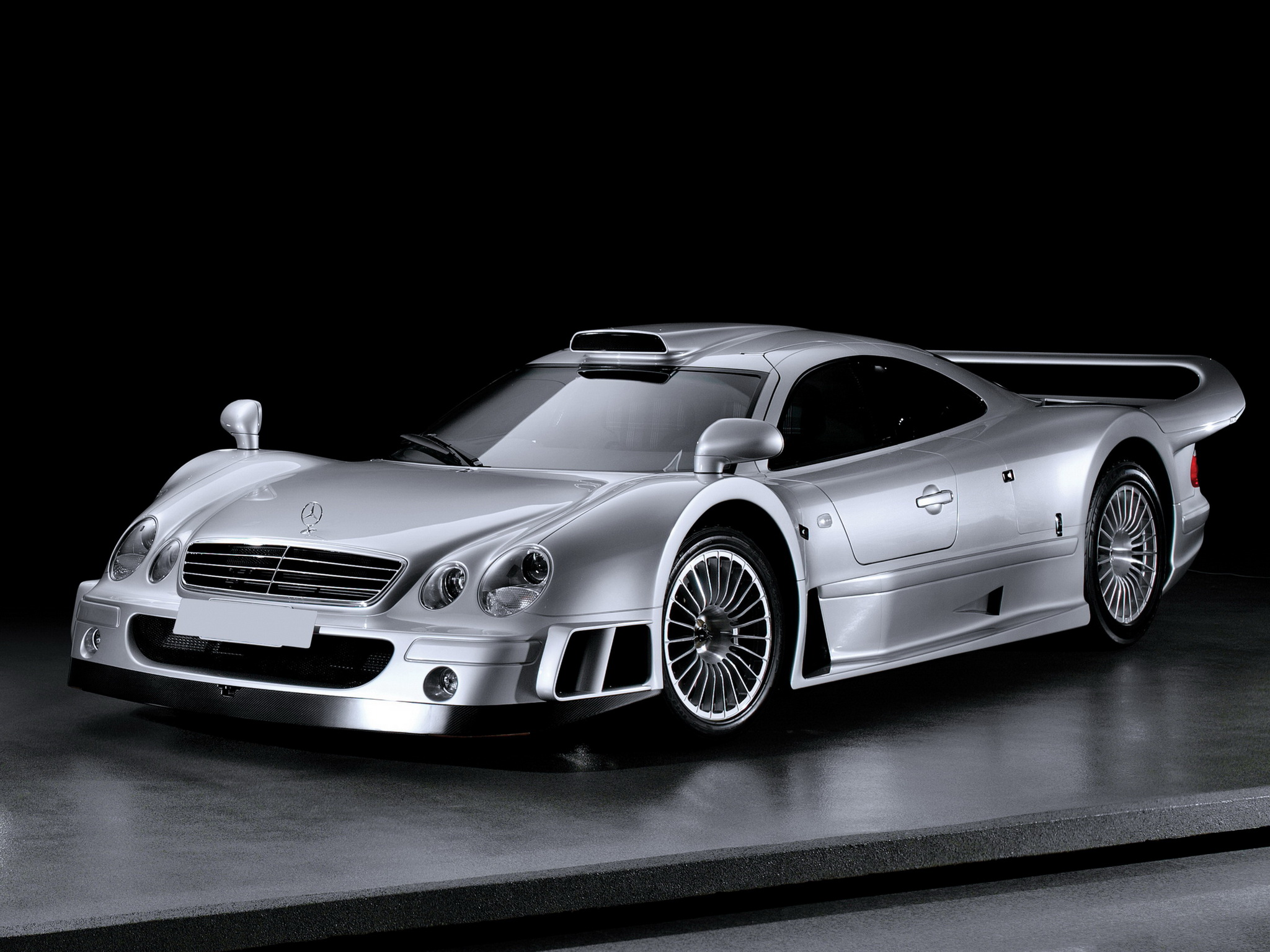Mercedes Benz Clk Gtr Photos Informations Articles Bestcarmag Com