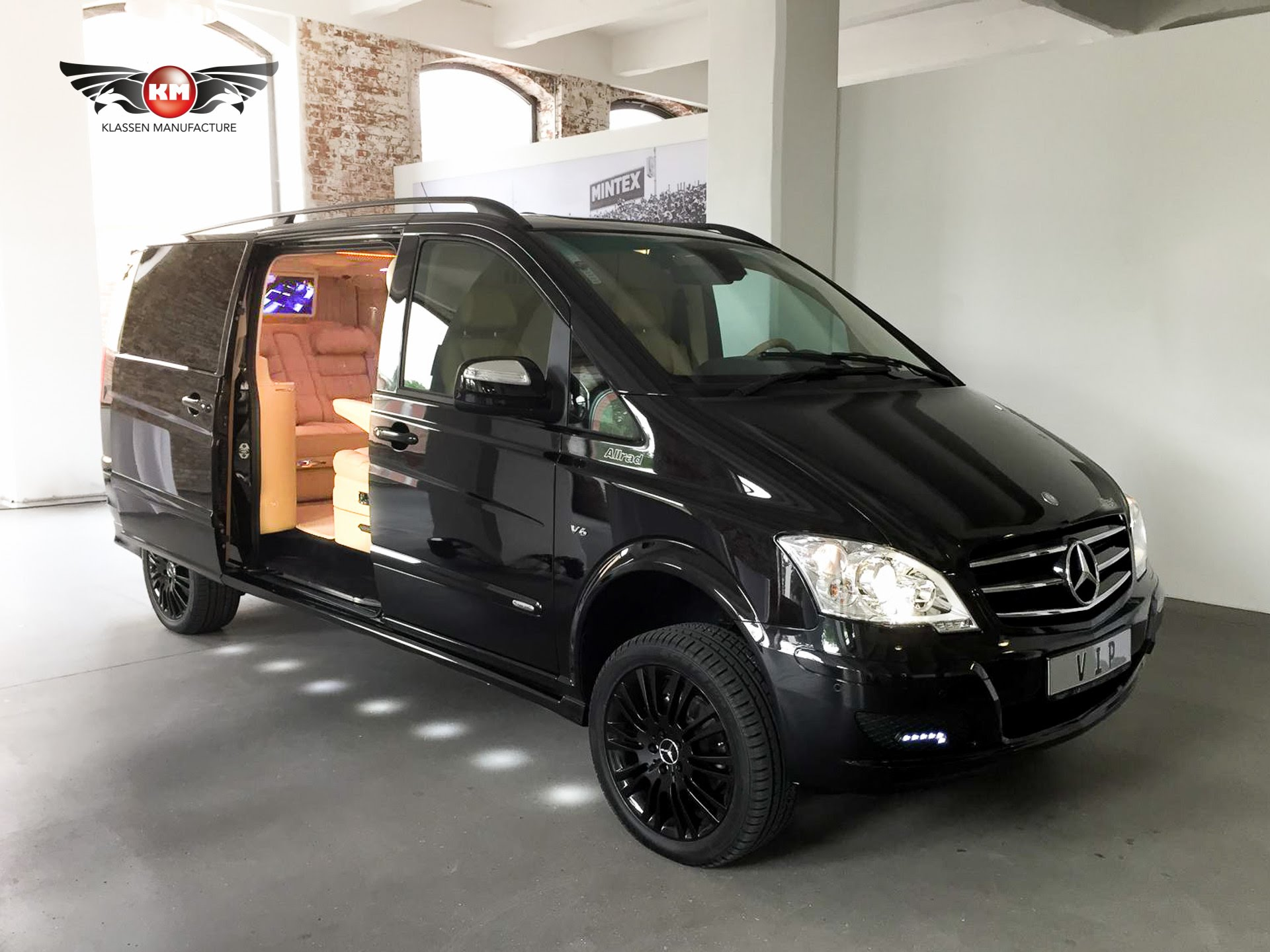 Mercedes-Benz Viano #27