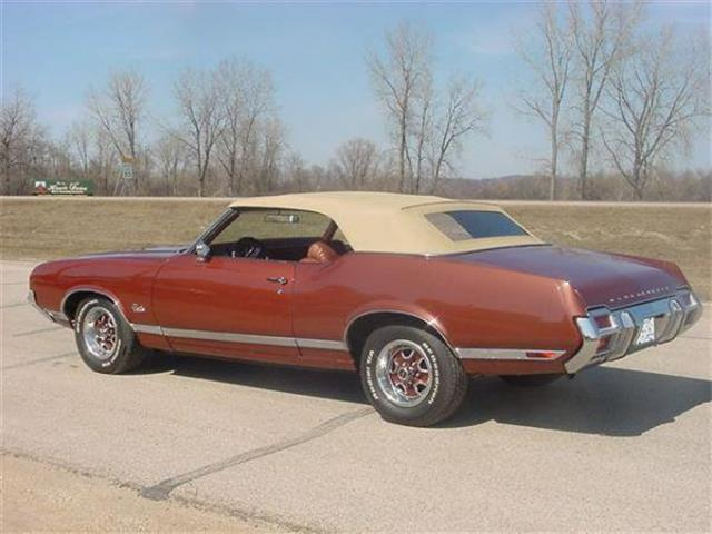 Oldsmobile Cutlass Supreme #26