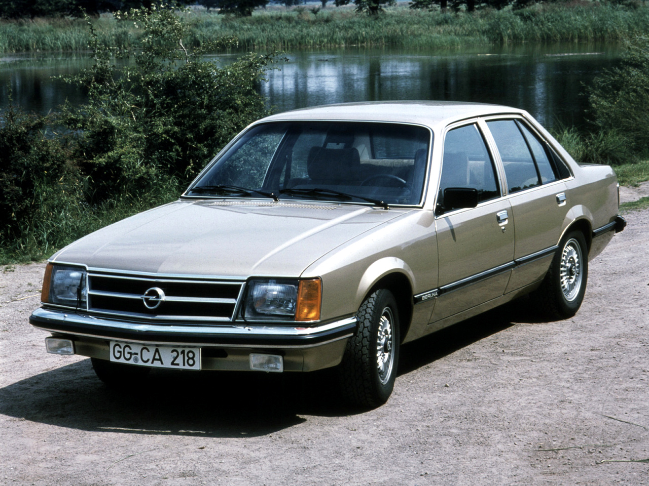 Opel Commodore #24