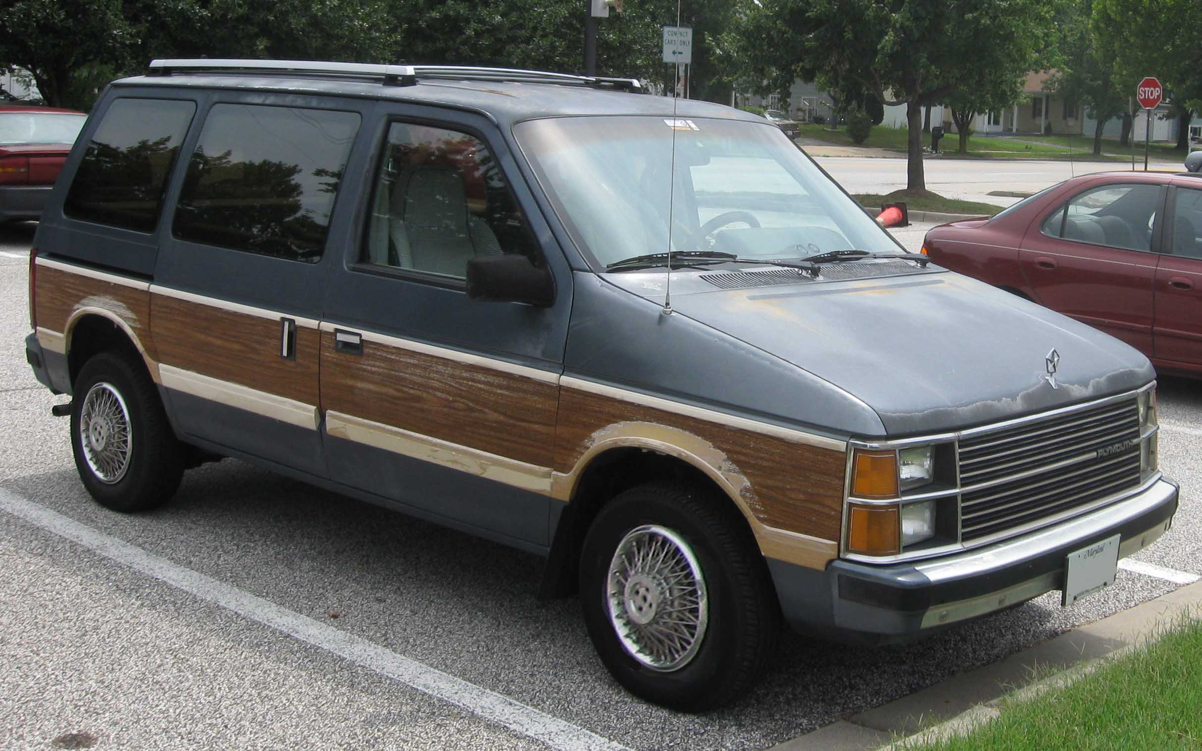 Plymouth Voyager #17