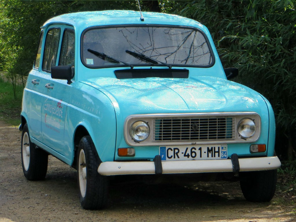 renault 4 photos informations articles. Black Bedroom Furniture Sets. Home Design Ideas