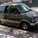 2002 GMC Safari #1
