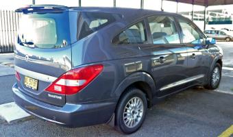 2009 Ssangyong Stavic #1