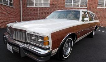 1978 Pontiac Grand Safari #1