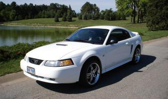 2000 Ford Mustang #1