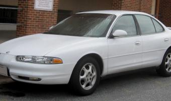1998 Oldsmobile Intrigue #1