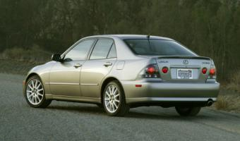 2003 Lexus IS #1