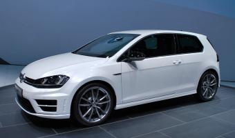 2015 Volkswagen Golf R #1