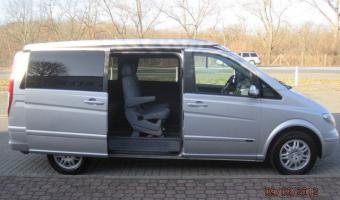 2004 Mercedes-Benz Viano #1