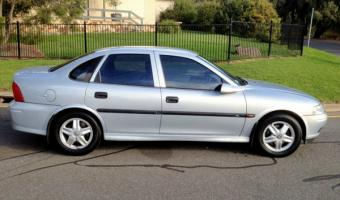 1999 Holden Vectra #1