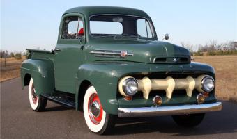 1952 Ford F #1
