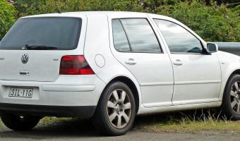 2004 Volkswagen Golf #1