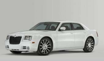 2010 Chrysler 300 #1
