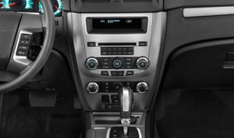 2011 Ford Fusion #1
