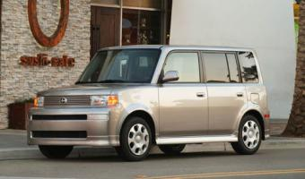 2004 Scion Xb #1
