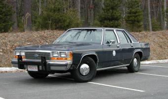 1990 Ford Ltd Crown Victoria #1