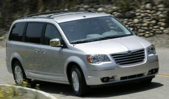 2008 Chrysler Town And Country #1