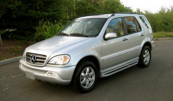 2004 Mercedes-Benz ML #1