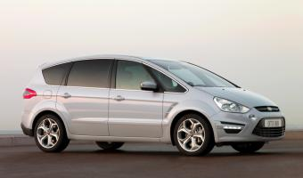 2011 Ford S-Max #1