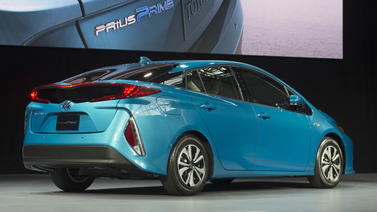 toyota prius prime photos informations articles. Black Bedroom Furniture Sets. Home Design Ideas