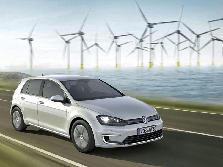 Volkswagen E-golf #21