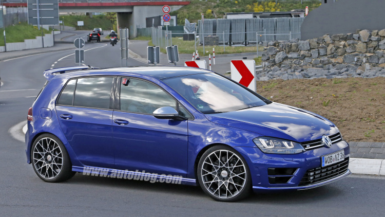 Volkswagen Golf R #24