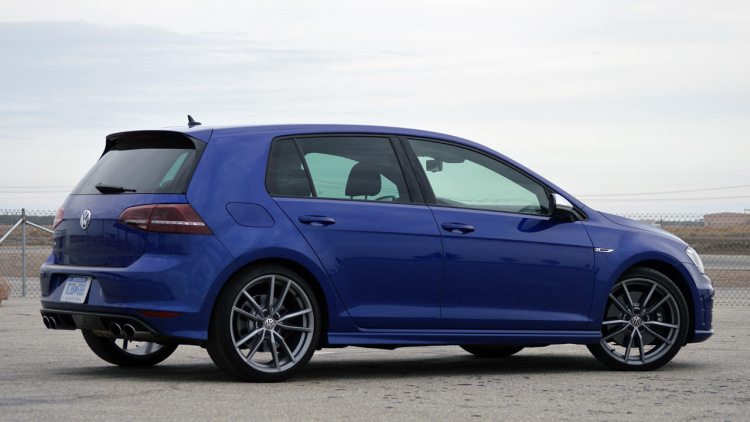 Volkswagen Golf R #21