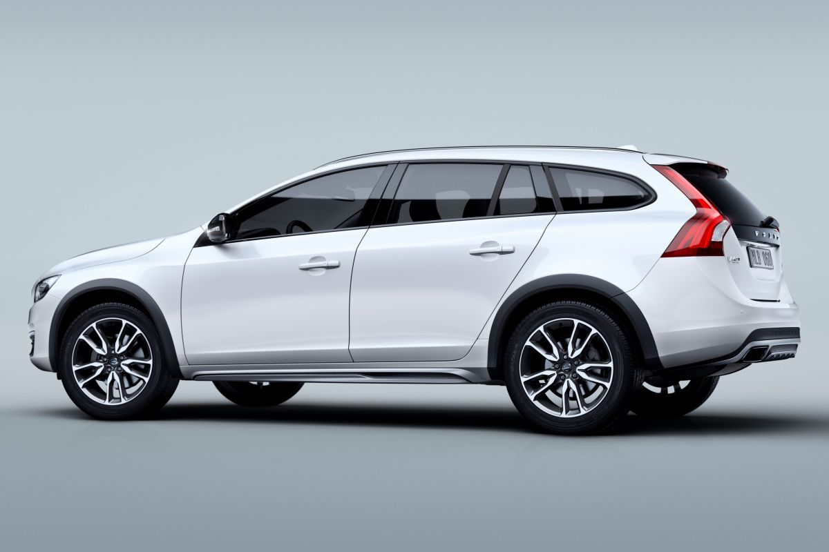 Volvo V60 Cross Country #21