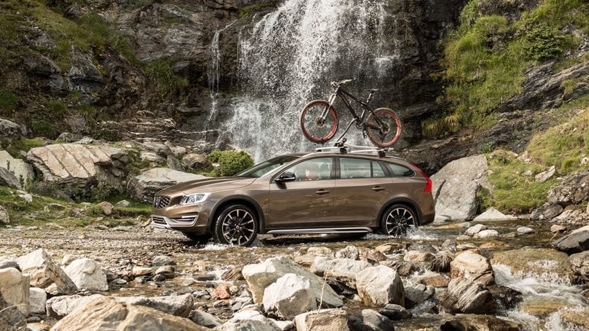 Volvo V60 Cross Country #25