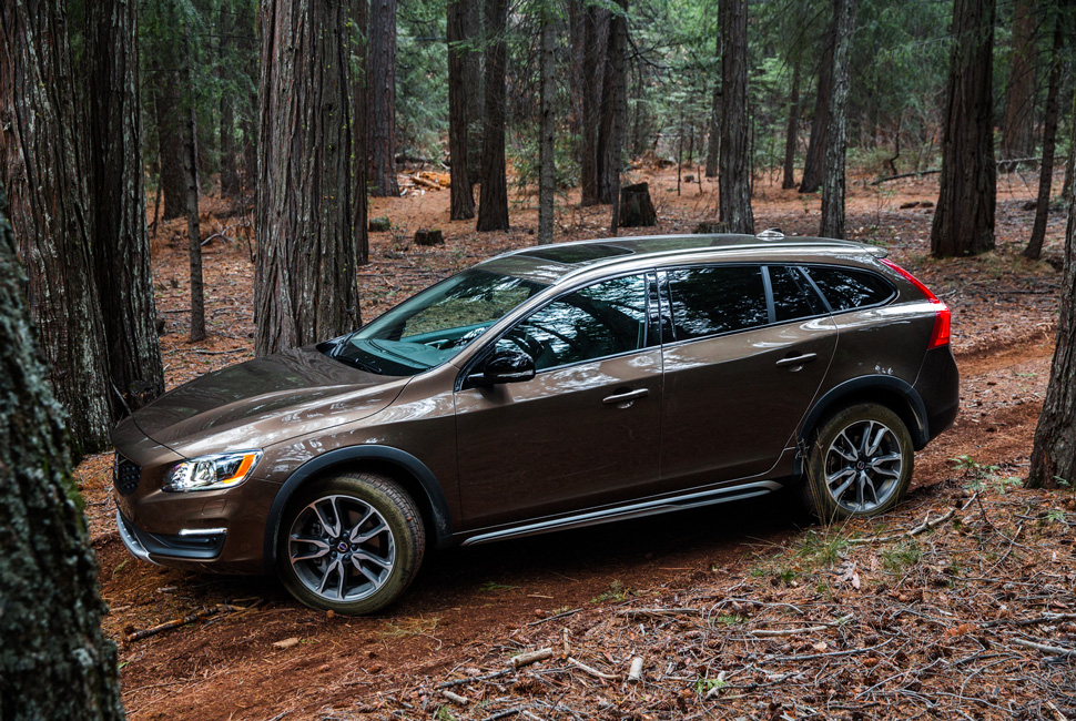 Volvo V60 Cross Country #23