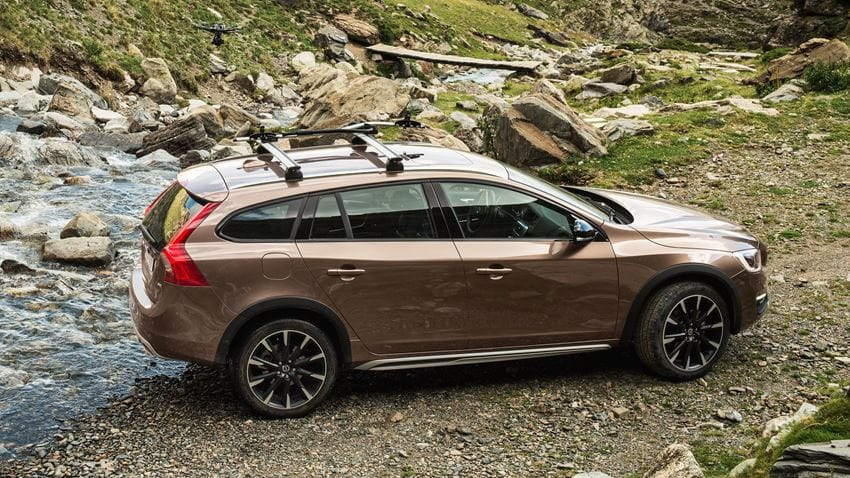 Volvo V60 Cross Country #19
