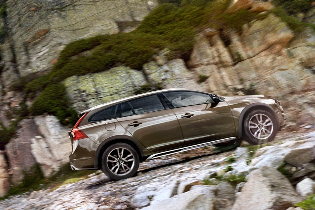 Volvo V60 Cross Country #27